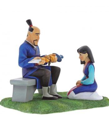 Eredeti Disney webáruház - Tiszteletre Méltó Ajándékok (Mulan Figura)
